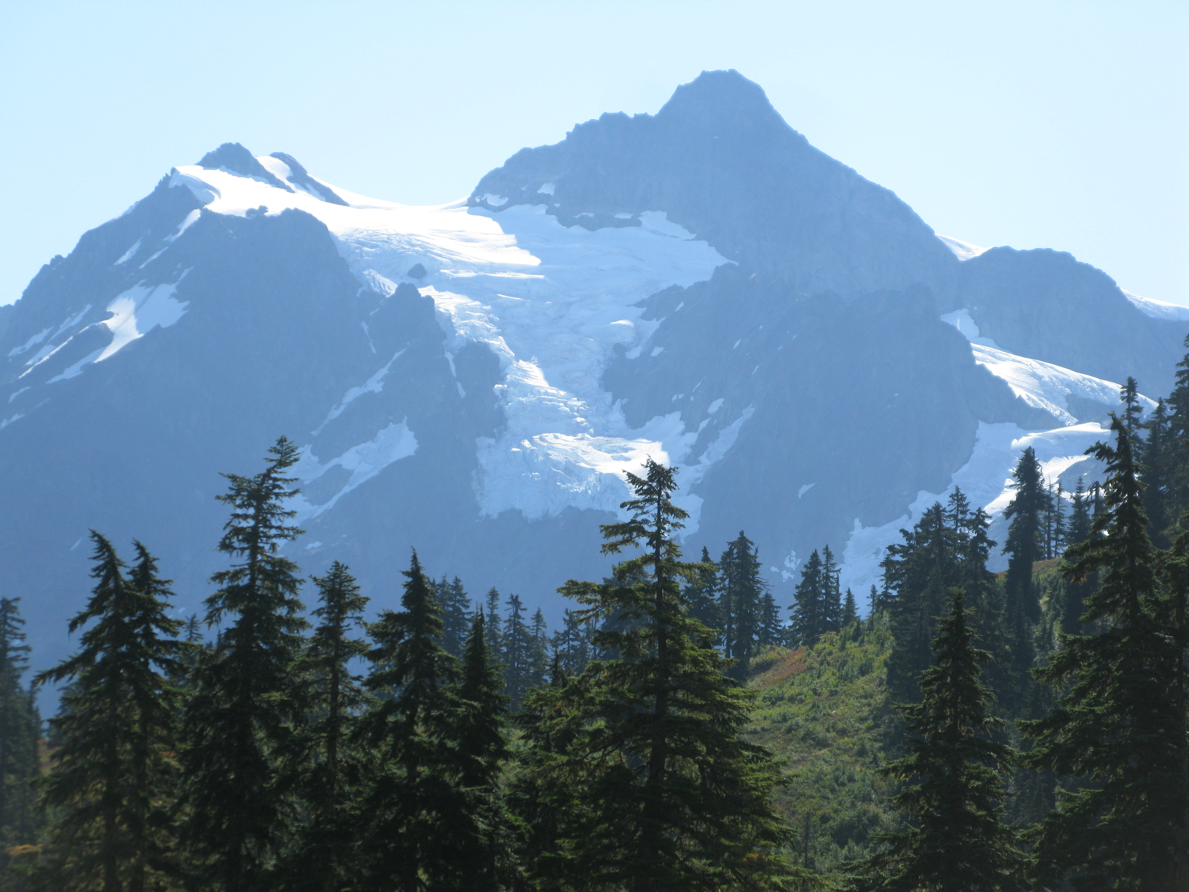 Mt Shuksan decided to show itself!!!