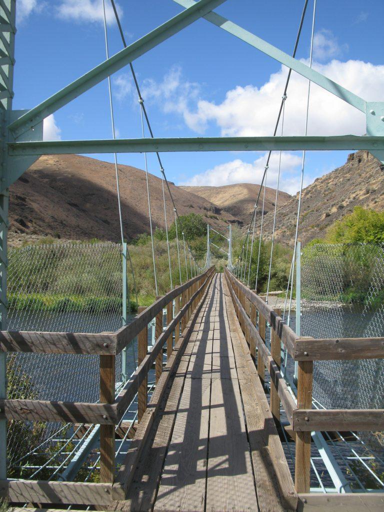 Bridge over the Yakima River!